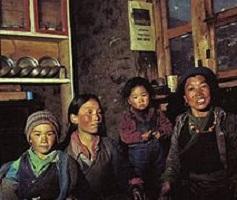 شعب شيربا في جبال الهيمالايا